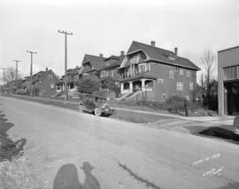 [View of houses on Burrard Street north of Beach Avenue, before construction of the Burrard Stree...