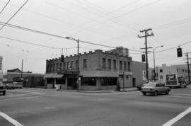 1098-1092 Davie Street (Black Angus Restaurant)