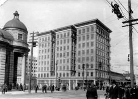 [Exterior of the Dawson Block at 193 East Hastings Street]