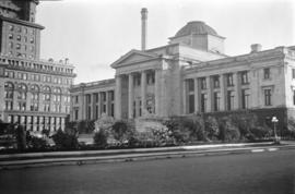 [View of the Vancouver Courthouse from Hornby Street]