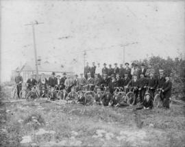 Picnic at Brockton Point 1898 or 1900, bicycles