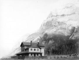 C.P.R. Hotel at Mount Stephen, Field