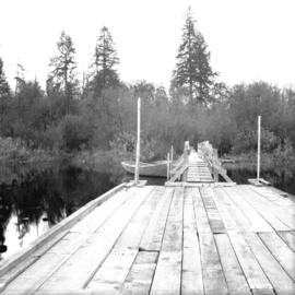 Piper floating wharf at foot of Piper Avenue south of G.N. track North Burnaby