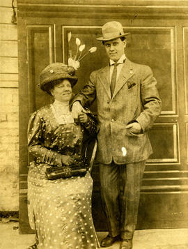 [Alfred T. Layne, actor, and his wife Daisy D'Avara]