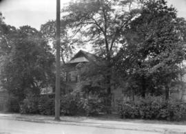 [Mayor M.A. MacLean residence at the corner of Dunlevy and Cordova Street]