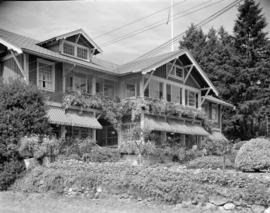 [Guest lodge on Bowen Island]