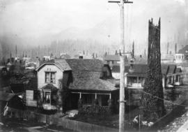 [Exterior of James Burnes residence on the northwest corner of Lonsdale Avenue and Eighth Street]