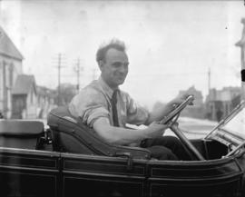 Handsome Harry Hooper in car