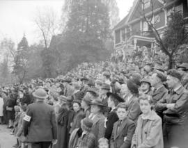 [Crowd gathered on Burrard Street to watch a military parade]