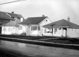 Houses on the corner of 17th Avenue and Ontario Street