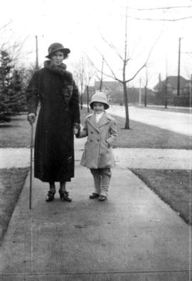 Bea[trice] Timmins and Jane [Banfield], Fall 1935