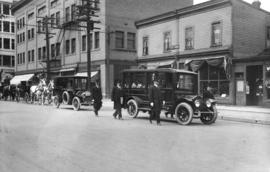 [A Center and Hanna funeral procession with the first motorized hearse on Georgia Street]