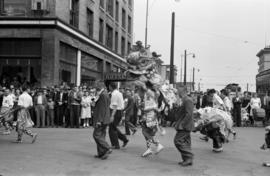 [Lion Dance in Chinese parade during VJ Day celebrations]