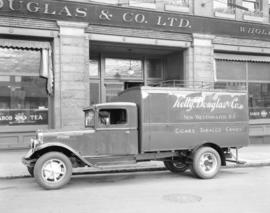 Kelly, Douglas truck [in front of Kelly Douglas and Company Limited Wholesale at 367 Water Street]