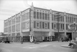 [Exterior view of Vancouver Motors Limited on Smithe Street]