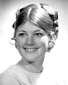 Joyce Edmondson, Miss Surrey 1970 : [portrait]