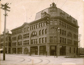 [Exterior of the MacKinnon Building - 413 Granville Street]
