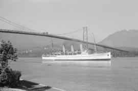 "[""Empress of Russia"" under the Lions Gate Bridge]"