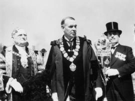 Sir Percy, Mayor McGeer, and mace bearer McKay