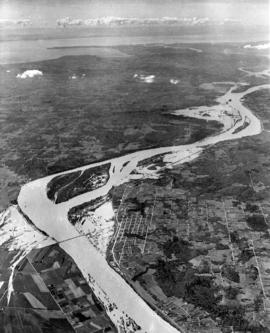 [Aerial view of the Fraser River flood and surrounding areas]