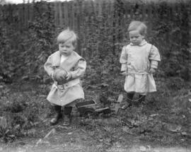 [Jack Davidson and unidentified toddler]