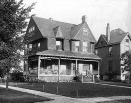 Rogers house, Scoville Ave., Oak Park, Ill[inois], T[heodore] T[aylor] b. 5 Sep. 96