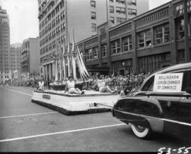 Bellingham Junior Chamber of Commerce car pulling float in 1953 P.N.E. Opening Day Parade