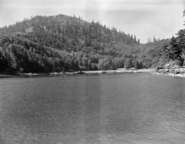 [View of boats in the Bowen Island harbour]