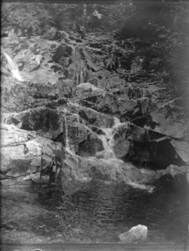 [Waterfall in Garibaldi District]