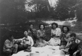 Gum May Yee, Lillian Ho Wong, Mrs. Chan, Mrs. Chan's three sons, and an unidentified man at a picnic