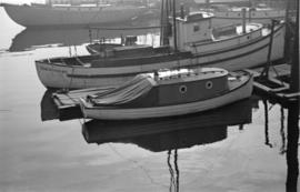 [Boats in Coal Harbour]