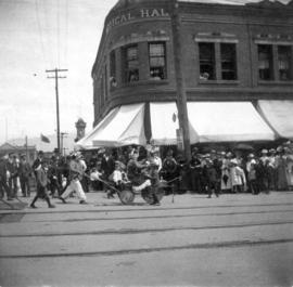 [Chinese clowns on Hastings at homer Street to celebrate the visit of the Duke and Duchess of Cor...