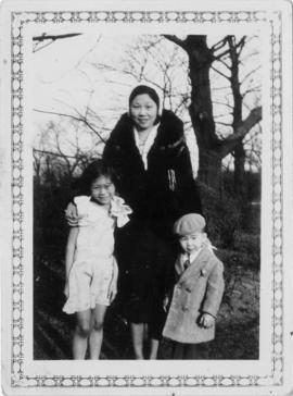 [Winnifred Eng and children] at Jackson Park, south side