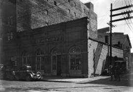 [Henry Darling and Son, Ltd. warehouse at 28 Powell Street]