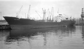 M.S. Cap Egmont [at dock]