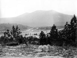 [View of unidentified settlement]