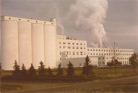 View of Canadian Sugar Factories, Taber refinery