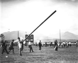 Caledonian Games [tossing the caber]