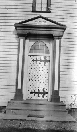 [Craigflower house front door and sign]