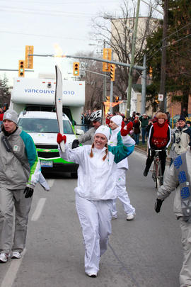 Day 052, torchbearer no. 095, Sarah D - St. Catharines