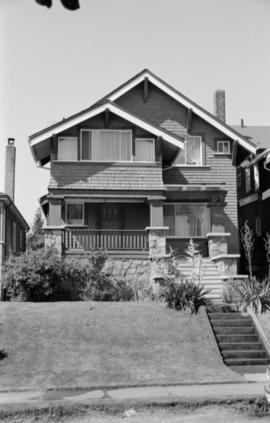 1935 Whyte Avenue, Calif[ornia] bung[alow]