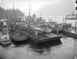 Boats in Bedwell Bay