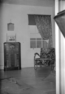 [Interior view of Mrs. Vern Kendrick's living room]
