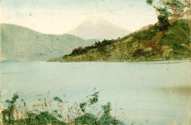 [View of body of water with islands and mountains]