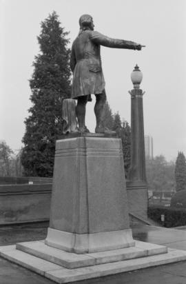 Captain George Vancouver monument - rear