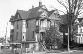 [Exterior of residence - 1461 West Georgia Street at Nicola Street]