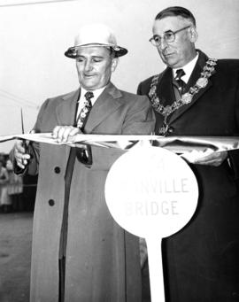 [His Worship Fred J. Hume and Charles Geisser open the Granville Bridge]