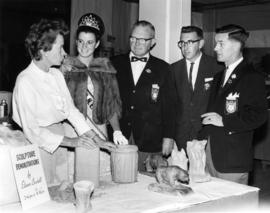 Hobby Show 1966 : [Miss P.N.E. 1966 Judy Collyer, H. Fairbank, and P.N.E. directors at sculpture ...