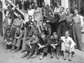 [Group photograph of British Columbia Government Normal School students]