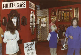 Bullers' Glass display booth